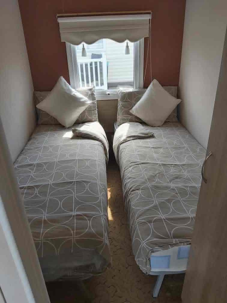 Caravan Twin Bedroom